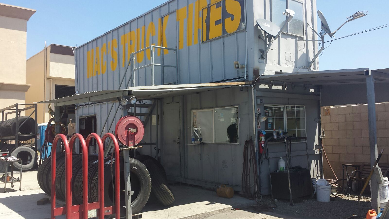 leading commercial truck tire provider in jurupa valley